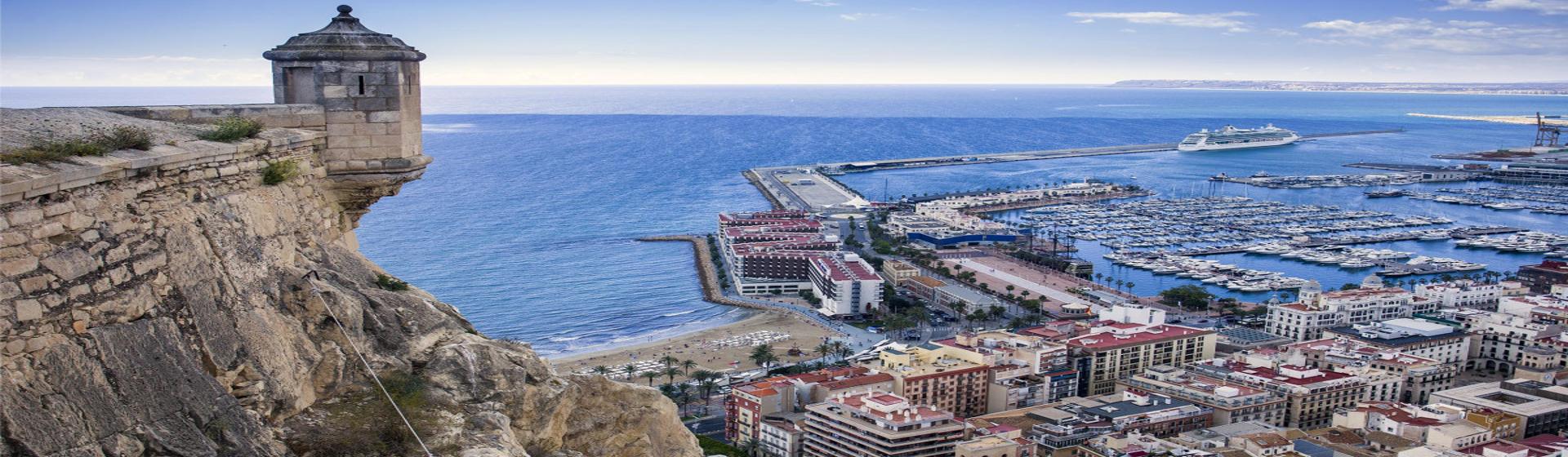 Despedida de soltero y soltera en Alicante. Viaje a Alicante, España.