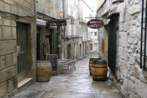 Despedida de soltero en Vigo. Despedida de soltera en galicia. Ruta de tapas en Vigo. Ruta gastronómica guiada en Galicia.