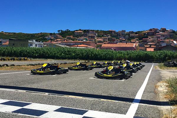 Karts en Lisboa. Despedidas de soltero y soltera en Lisboa, Portugal. Kartódromo en Lisboa, Portugal. Actividades divertidas y originales en